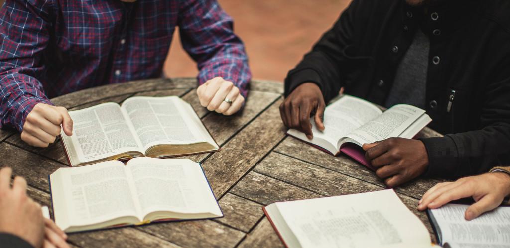 Membangun Sebuah Visi Teologis